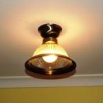 Jak instalowałem lampę na suficie.
