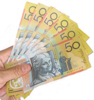 Jaka jest różnica między Salary i Wages w Australii?